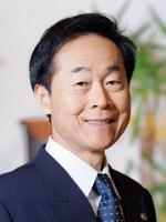 山下 江弁護士