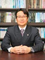 室賀 俊樹弁護士