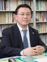 前島 申長弁護士