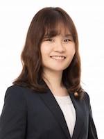 福西 菜美弁護士