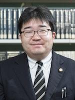 岩本 拓也弁護士