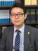 白石 覚弁護士