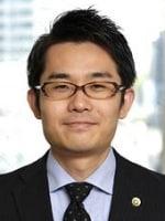 東 尚吾弁護士