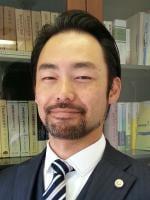 長屋 卓嗣弁護士