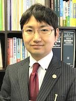 森岡 満広弁護士