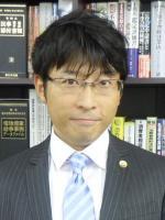 澤上 辰也弁護士