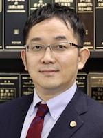 土佐堀通り法律事務所 權野 裕介弁護士