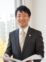 関野 純弁護士