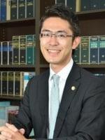 内藤 梓弁護士