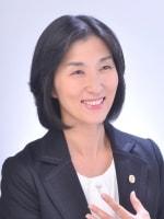 楓 真紀子弁護士