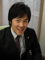 樫の木総合法律事務所 山本 純弥弁護士