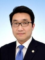 川村篤志法律事務所 山﨑 倫樹弁護士