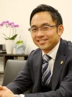 髙山 雄介弁護士