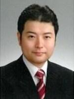 小倉 崇徳弁護士