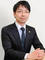 中川 龍也弁護士