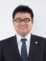 上野 一成弁護士