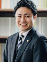 兼島 俊弁護士