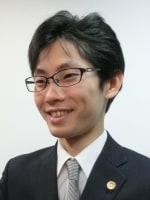 佐藤 絢弁護士