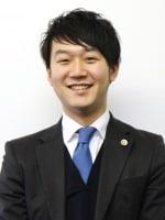 上野 彰大弁護士
