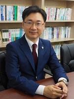 本澤 友彬弁護士