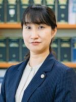 桜樹法律事務所 岩下 芳乃弁護士