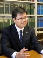 川上 健太弁護士