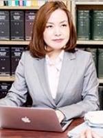遠藤 温子弁護士