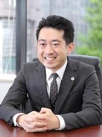塚松 卓也弁護士