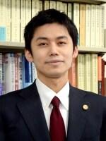 浮葉 遼弁護士