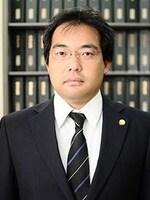 上岡 勇介弁護士