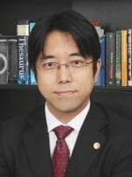 尾崎 英司弁護士