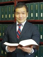 米津 義尚弁護士