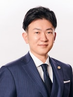 ワールド法律会計事務所 渡邉 祐介弁護士
