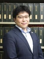山岡 遥平弁護士