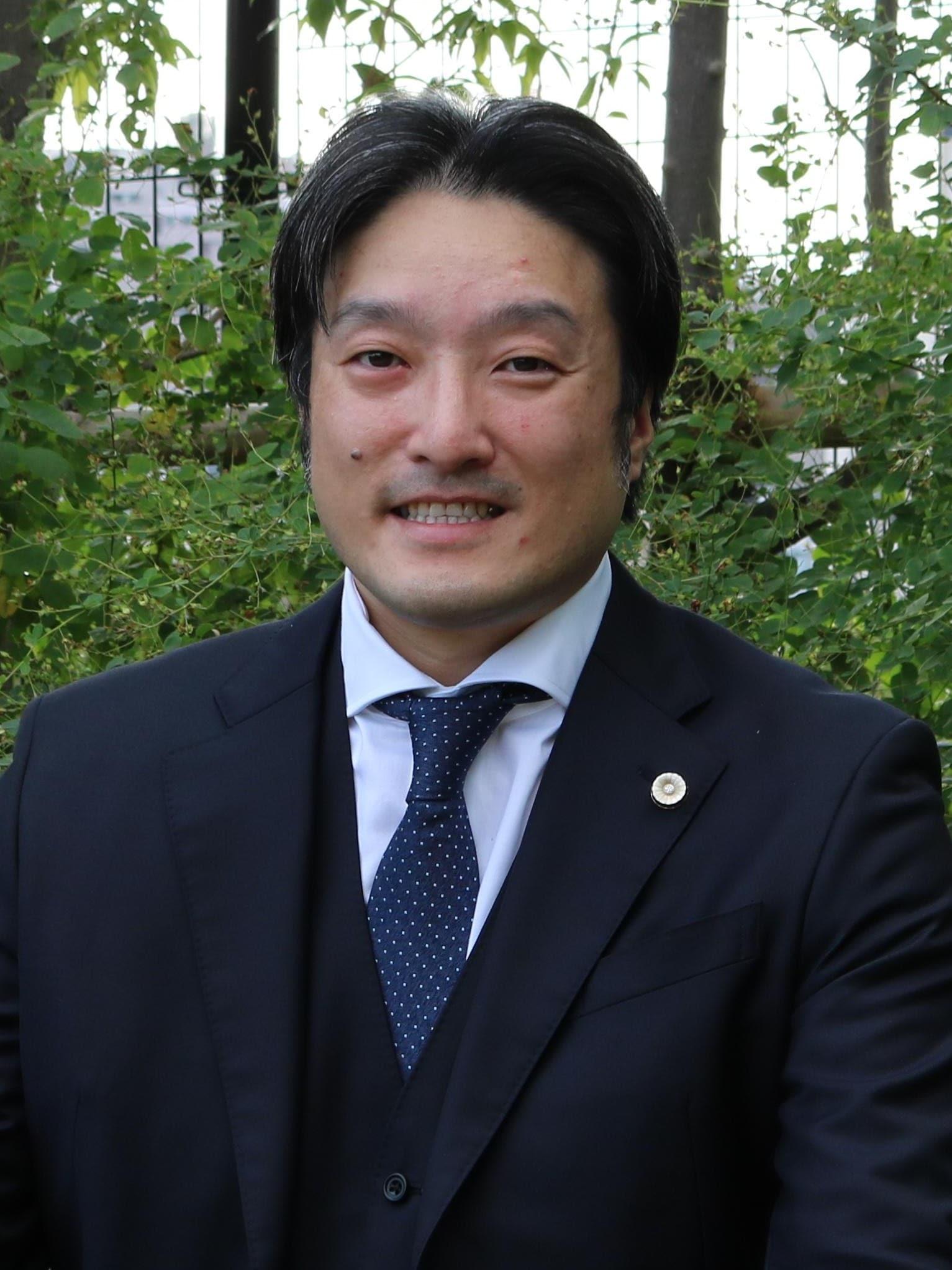 山崎 慶寛弁護士