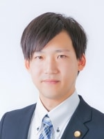 角藤 佑樹弁護士