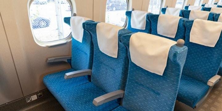新幹線自由席、「席のキープ」でゴミを置いて離席…他の人は勝手に座ってもいい?