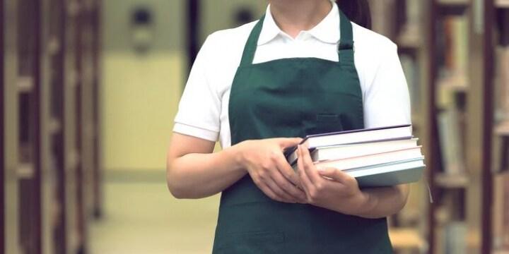 「もう図書館で働けない」 非正規雇用で10年働いた司書が天職を辞めようと思った理由