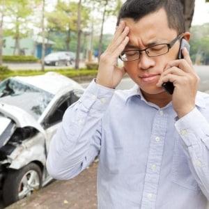 やっちゃった! 社用車で交通事故…会社は「賠償は全部自分で」と非情な通告