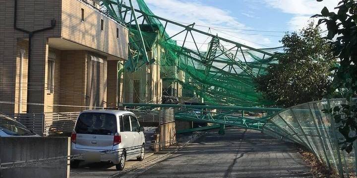 千葉の台風被害、横行する悪徳業者には「クーリングオフ」 熊本地震から学ぶ自衛策