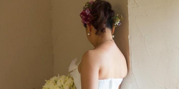 結婚式のヘアセット、前髪が「バーコード」状態に…「恥ずかしい」と眠れない日々