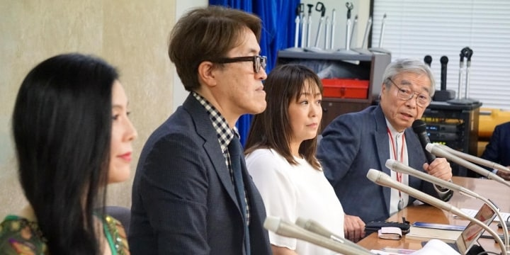 俳優、声優らが「労災適用して」と記者会見 「特別加入」の拡大訴える