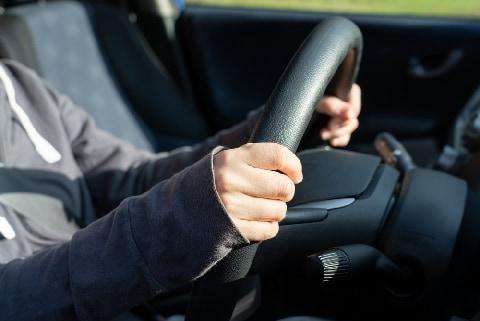同僚から「セックスさせて」と言われて、断ったら「退職トラブル」に…50代女性ドライバーの嘆き