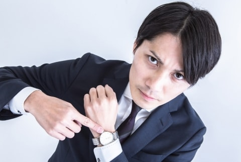 腕時計の修理 綺麗に仕上げたら、客が「傷も思い出!」とブチ切れる