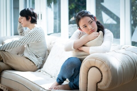 コロナが落ち着いたら「離婚したい」…原因は相手の不倫、慰謝料はいくらもらえる?