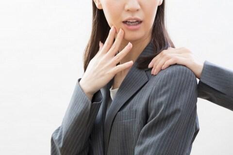 「嫌です!」拒まれても、女性の肩を引き寄せて逮捕…「迷惑防止条例」適用に疑問の声