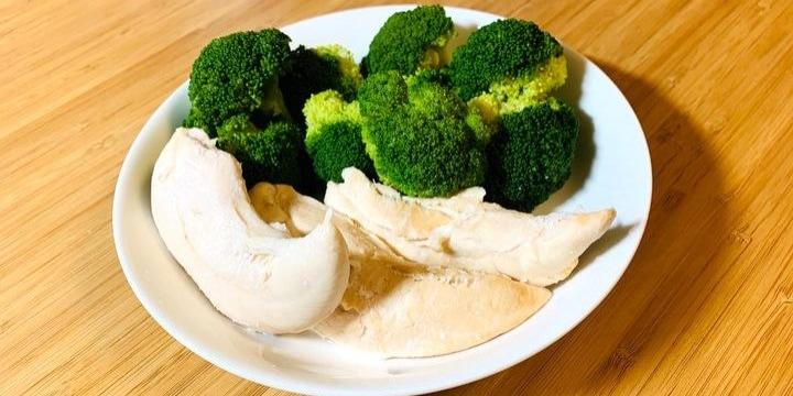 「コロナ太りの夫」に鶏ササミとブロッコリーばかり食べさせる妻…ダイエット強要はモラハラ?