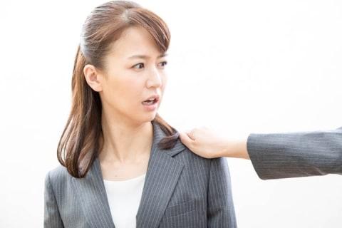 社長からセクハラ、断っても「幸せにしたい」「訴えないでね」 退職を決意した女性、失業手当はどうなる?