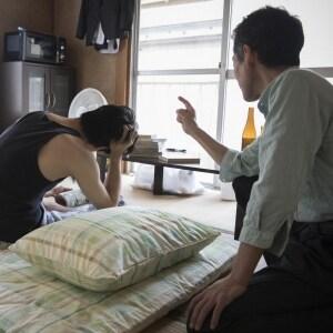 養子縁組した「妻の連れ子」とうまくいかずに別居…学費や生活費は払い続けないとダメ?