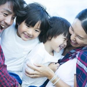不倫関係から「2児の両親」となったカップル それでも結婚させない「正妻」の意地